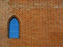 vecchia finestra della parete dei mattoni fotografie stock libere da diritti