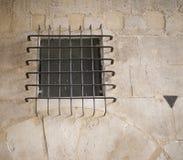 Vecchia finestra in monumento storico Fotografie Stock Libere da Diritti