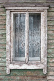 Vecchia finestra su una parete fotografie stock