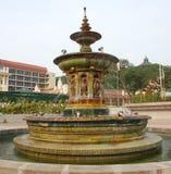 Vecchia fontana immagine stock