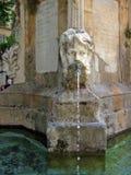 Vecchia fontana europea Fotografie Stock Libere da Diritti
