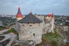 Vecchia fortezza di Kamenetz-Podol'sk vicino alla città di Kamianets-Podilskyi Fotografia Stock Libera da Diritti