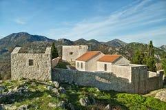 Vecchia fortezza in montagne Fotografia Stock Libera da Diritti