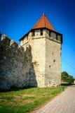 Vecchia fortezza sul fiume Nistro in piegatrice della città, la Transnistria Città all'interno dei confini della Moldavia sotto d Fotografie Stock Libere da Diritti