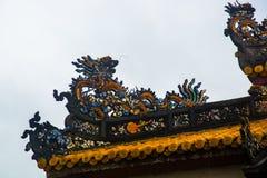 Vecchia fortezza Un frammento della decorazione del tetto Tonalità, Vietnam Fotografia Stock