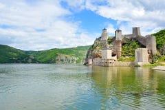Vecchia fortificazione medievale Golubac Fotografie Stock Libere da Diritti
