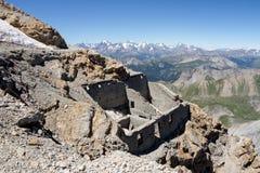 Vecchia fortificazione rovinata in Francia Immagini Stock