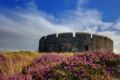 Vecchia fortificazione un giorno di estate Fotografie Stock Libere da Diritti