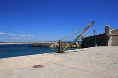 Vecchia gru della nave fotografia stock libera da diritti