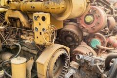 Vecchia immondizia del motore nel backgound Immagini Stock