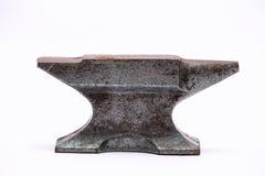 Vecchia incudine irregolare arrugginita Fotografia Stock Libera da Diritti