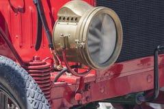Vecchia lampada a olio dell'automobile, lampada di cherosene Fotografie Stock Libere da Diritti