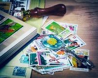 Vecchia lente, bollo, immagine antiquata di markifoto postale, Immagine Stock