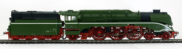 Vecchia locomotiva di vapore verde Immagini Stock