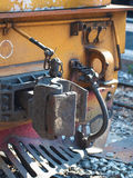 Vecchia locomotiva diesel con il coupleer dell'automobile Immagini Stock Libere da Diritti