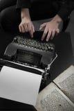 Vecchia macchina da scrivere Immagini Stock Libere da Diritti