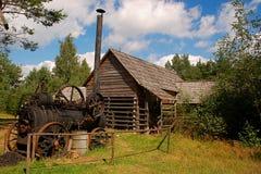 Vecchia macchina del vapore che rimane nel cortile Immagine Stock Libera da Diritti