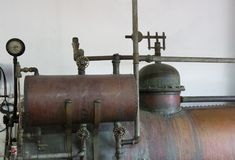 Vecchia macchina di distillazione Fotografia Stock