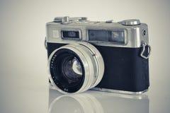 Vecchia macchina fotografica in bianco e nero Fotografie Stock