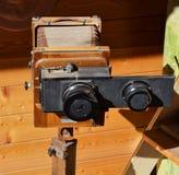 Vecchia macchina fotografica della pellicola dell'annata Immagine Stock
