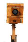 Vecchia macchina fotografica di legno Immagini Stock