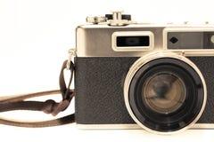 Vecchia macchina fotografica e area vuota per testo, macchina da presa classica dell'isolato del fotografo su fondo bianco Fotografia Stock Libera da Diritti