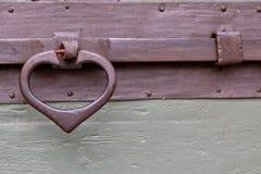 Vecchia maniglia di legno del paletto Fotografie Stock Libere da Diritti