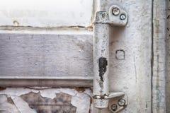 Vecchia maniglia di porta di legno Immagini Stock Libere da Diritti