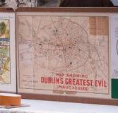 Vecchia mappa di Dublino, Irlanda che mostra le posizioni dei pub fotografia stock libera da diritti