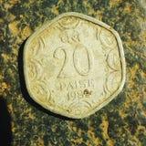 Vecchia moneta di 20 Paise durante l'anno di 1982 immagine stock