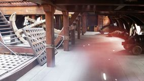 Vecchia nave di pirata interna video d archivio