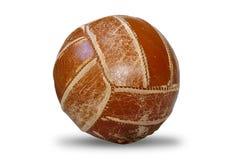 Vecchia palla di pallavolo - oggetto isolato su bianco Fotografia Stock Libera da Diritti