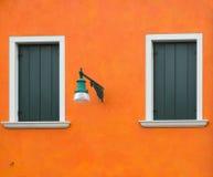Vecchia parete arancio Immagini Stock Libere da Diritti