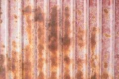 Vecchia parete arrugginita dello strato dello zinco Fotografia Stock