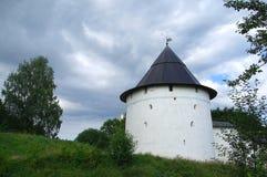Vecchia parete del monastero di Pechorsky Immagini Stock Libere da Diritti