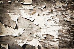 Vecchia parete di legno in crepe immagini stock libere da diritti