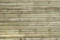 Vecchia parete di legno dei bordi con i cappucci del chiodo fotografia stock libera da diritti