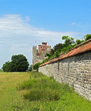 Vecchia parete di pietra da qualche parte in Inghilterra Fotografie Stock