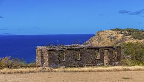 Vecchia parete sopra il mare Fotografie Stock