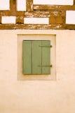 Vecchia parete tedesca della casa con la finestra Fotografia Stock Libera da Diritti