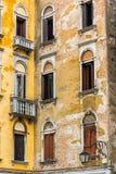 Vecchia parete veneziana Fotografie Stock