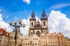 Vecchia piazza a Praga Fotografia Stock