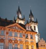 Vecchia piazza a Praga fotografie stock libere da diritti