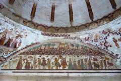 Vecchia pittura di Krishna e di Govardhan fotografia stock libera da diritti