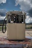 Vecchia pompa della benzina Immagini Stock Libere da Diritti