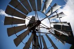 Vecchia pompa di vento Fotografie Stock Libere da Diritti