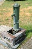 Vecchia pompa idraulica Fotografie Stock