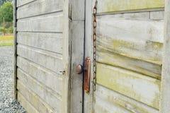 Vecchia porta al Milkhouse Immagini Stock
