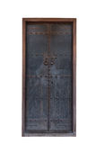 Vecchia porta chiusa nello stile cinese su fondo bianco Fotografia Stock Libera da Diritti