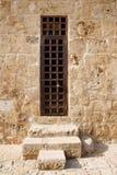 Vecchia porta nel castello del porto Immagini Stock Libere da Diritti